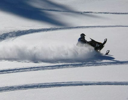 Amazing-snowmobiling