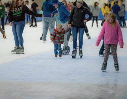 park-city-attraction-Utah-Olympic-Oval-family-ice-skating