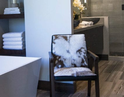 park-city-interior-designers-stick-and-stones-guest-bathroom
