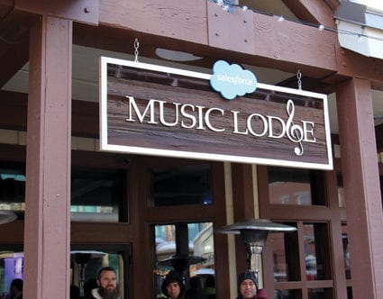 park-city-signs-inc-music-lodge-carved-HDU-signs