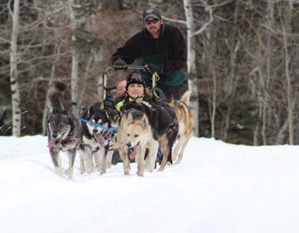 park-city-activity-luna-lobos-dog-sledding